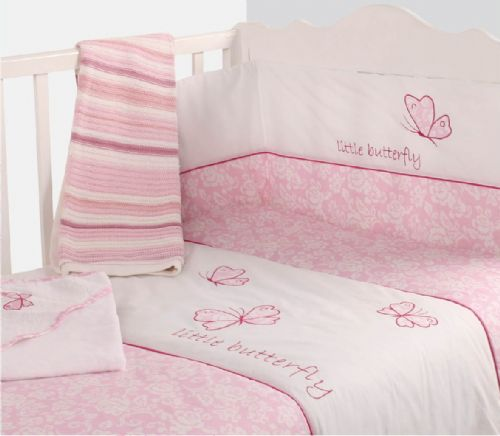 BABY COT GIRLS NURSERY BEDDING QUILT & BUMPER PINK COLOUR BUTTERFLY DESIGN
